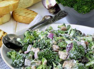 Rýchla večera: Brokolicový šalát s tuniakom