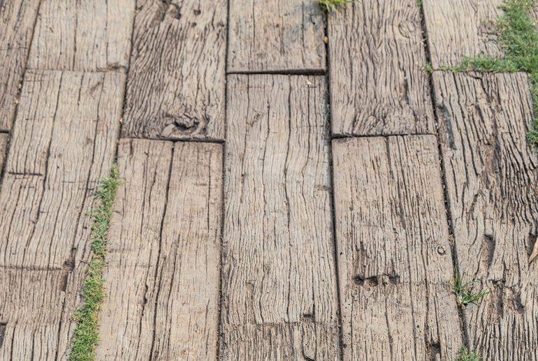 Betónové drevo