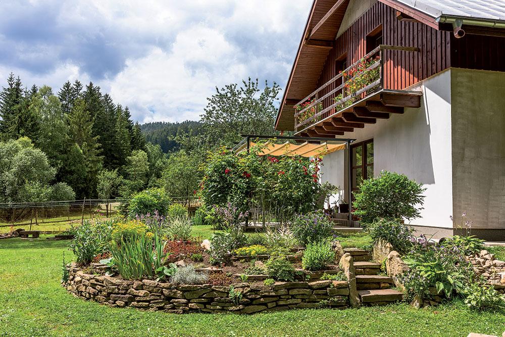 Na návšteve: Záhradný architekt nebol potrebný, stačila len inšpirácia a chuť tvoriť