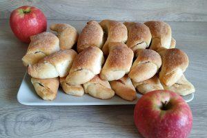 Kysnuté rožteky plnené jablkami