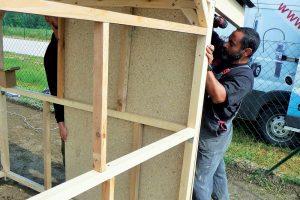 Stavba záhradného domčeka - OSB dosky