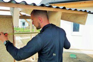 Stavba záhradného domčeka - vymeranie dorezov