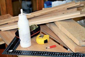 Pomôcky a materiál na výrobu tácky