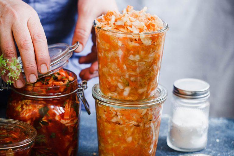 Pripravte si zdravie do zásoby. Vyskúšajte kvasenú zeleninu