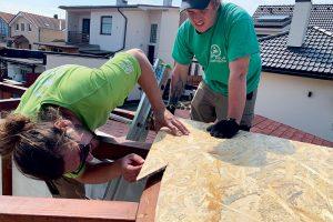 Stavba zelenej strechy - položenie OSB dosky