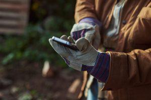 Mobilný telefón, ktorý sa dá ovládať v rukaviciach